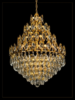 Royal chandelier with 6 illuminates and 4 Floors