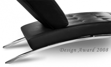 Chaiselongue / Daybed with stainless steel legs and full leather. Illustration full leather black.