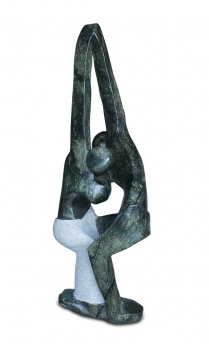 "Huge Shona Art stone sculpture ""Dancers"" handmade in green Opal Stone. H 109 cm / 61 kg."