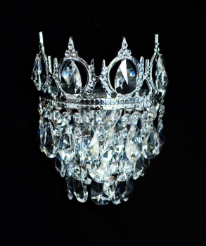 GOLD OR SILVER: ROYAL WALL LIGHT WITH REAL CRYSTALS