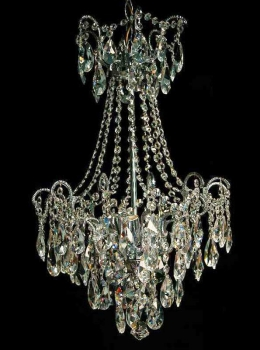 Chandelier with 18 arms and 4 illuminates