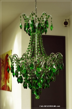 LIFESTYLE CHANDELIER WITH REAL GREEN CRYSTALS (No acrylic octagons)