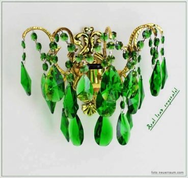 Crystal wall light with real green crystals and golden metal frame.