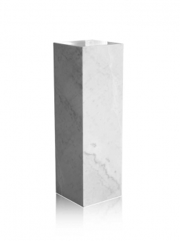 White marble gallery column, decoration stone socket, totally 40 kg. 80 x 30 x 30 cm.