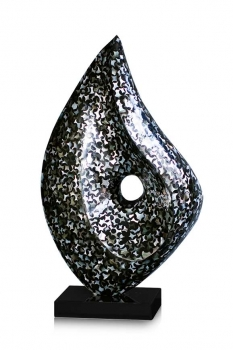 ABSTRACTLY BLACK PERLMUTT SCULPTURE WITH MARBLE BASE, AVAILABLE WITH WHITE OR BLACK SHELL