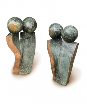 "Garden Stone sculpture ""Friends"" handmade in Zimbabwe. Height 62 cm x 35 cm."