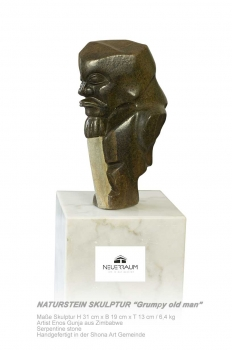 "Shona Art stone sculpture ""Grumpy old man with stick"" handmade in Zimbabwe. Serpentin Stein."