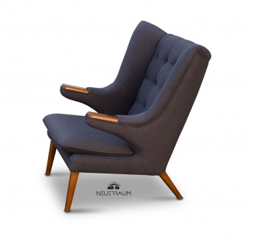 Amazing wing chair in cashmere dark grey with real walnut wood. Height 105 cm.