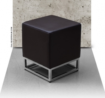 BAUHAUS OTTOMAN FOOTSTOOL LEATHER PUFFE. Illustration in leather dark brown.