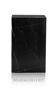 Gallery marble column, decoration stone stand, totally 47 kg. Illustration black with white veins 70 x 40 x 30 cm